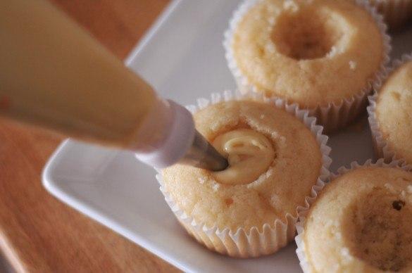 Рецепты кексов с начинкой в домашних условиях